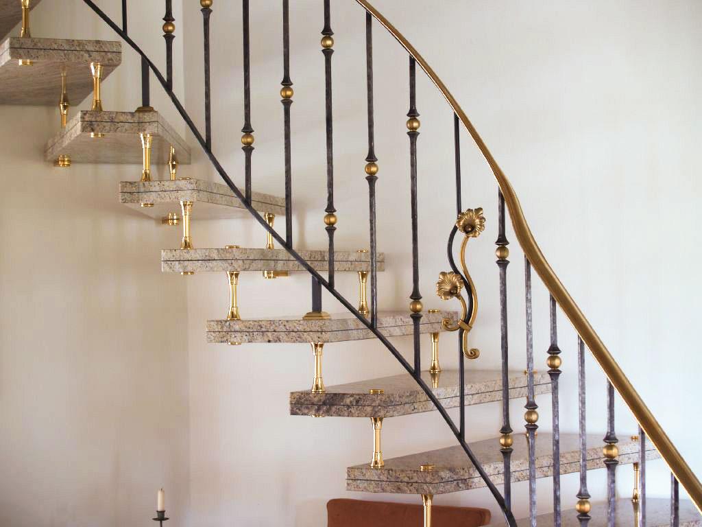 schwebende treppe originelles treppe glasstufen ohne. Black Bedroom Furniture Sets. Home Design Ideas